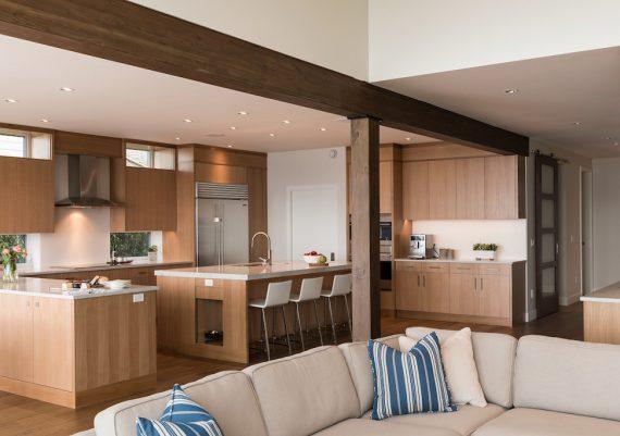 Gold-Falcon-Heights-Contracting-Mari-Kushino-Design-Synergy-kitchen