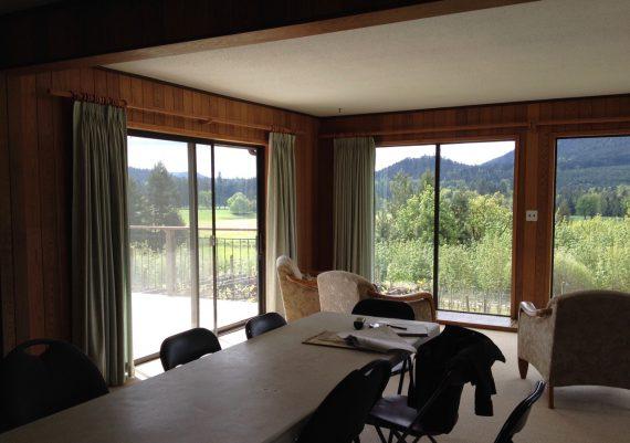 Gold-Jodi-Foster-Design+Planning-Vineyard-Manor-interior-before