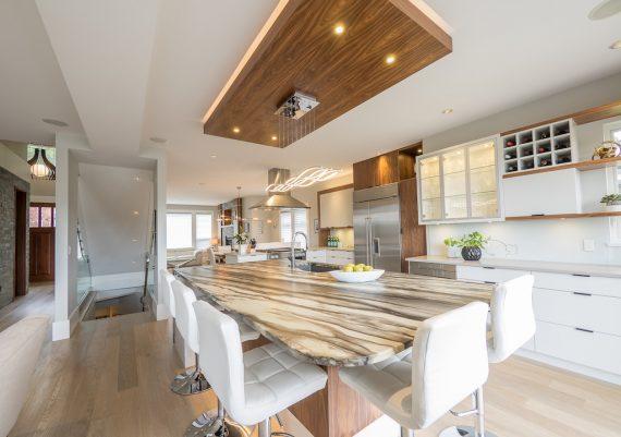 Silver-Creative-Spaciz-New-West-Development-Corp-Finlayson-Vista-Kitchen-after