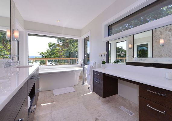 Silver-Interactive-Construction-Estate-on-the-Bay-bathroom-after