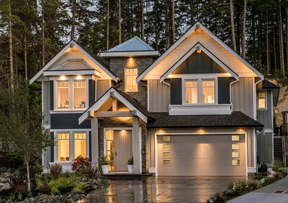 Silver-New-West-Development-Corp.-Creative-Spaciz-Hampton-Haven-custom-home