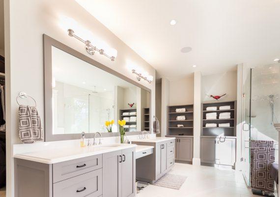 Silver-Philco-Construction-Ryan-Hoyt-Designs-Dunmora-Court-bathroom