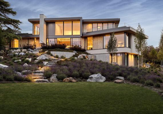 Gold - Rannala Freeborn Construction - Vista Moderna