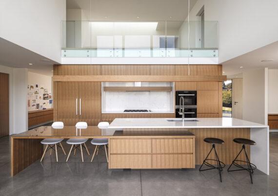 Silver - Rannala Freeborn Construction - Vista Moderna